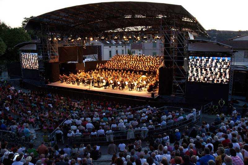 4--academie-2015-du-jeune-orchestre-europeen-hector-berlioz---isere--credits-festival-berlioz---delphine-warin